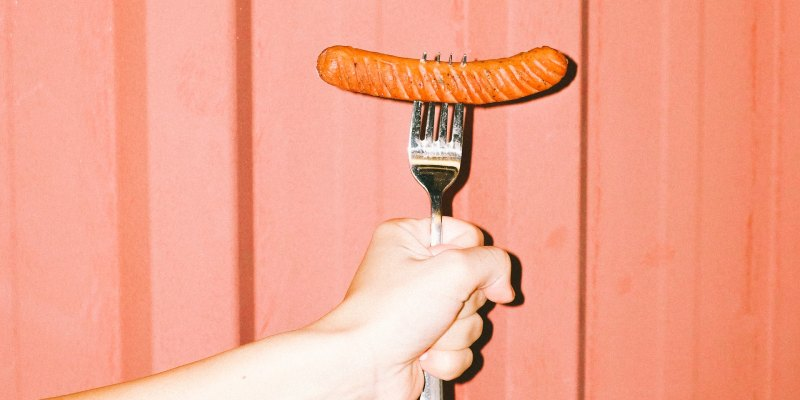 What are signs to know the sausage has gone bad